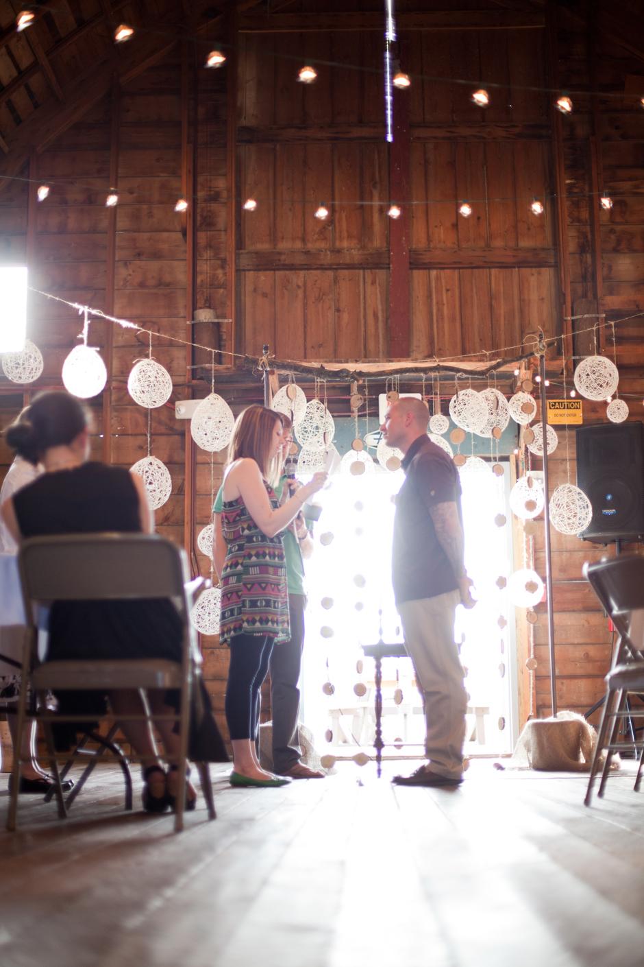 20 Simpson Barn Johnston Iowa Wedding Photography The