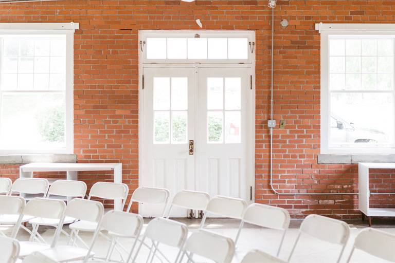 Small Des Moines wedding rehearsal dinner venue