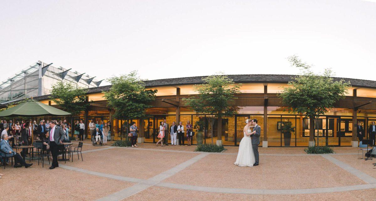 Reiman Gardens Ames Iowa Indoor Amp Outdoor Wedding Venue